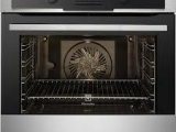 Electrolux oven EOB5450AAX